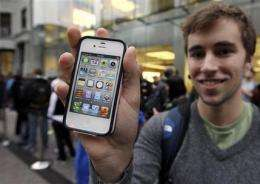 Apple trumps expectations, sells 35M iPhones in 2Q (AP)