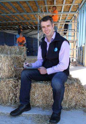 Australia's first bushfire resistant straw house to be built