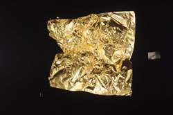 Angling for gold: New model provides an alternative description of atomic level gold bonding