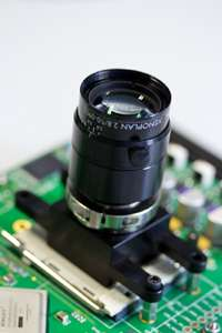 Compact, low-cost and fast hyperspectral imaging solution