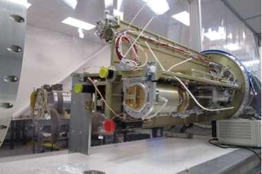 Degradation free spectrometers sounding rocket