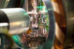 Efficient and tunable interface for quantum networks