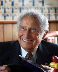 Hybrid vehicle battery creator Ovshinsky, 89, dies