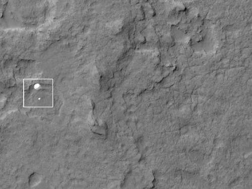 Image: Mars Curiosity rover caught in the act of landing by HiRISE