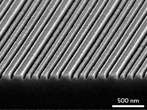 Method that boosts contrast of high-resolution optical images has potential to enable lithography at the nanoscale