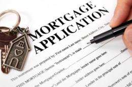 Mortgage risks underestimated, economists conclude