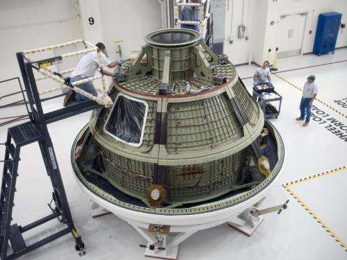 Orion ground test vehicle arrives at Kennedy