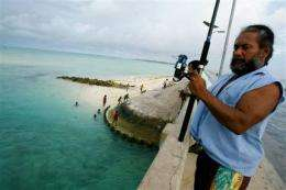 Pacific nation may buy Fiji land as climate refuge (AP)