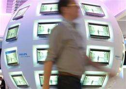 Philips Q3 earnings rise, growth economies help