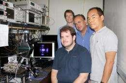 Physicists achieve world's first violet nonpolar vertical-cavity laser technology