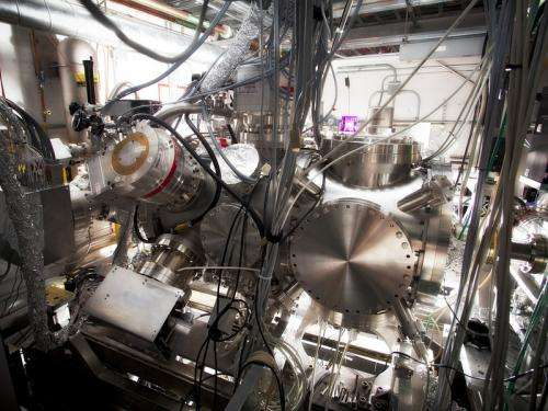 Record ionization: X-ray laser removes more than two shells from electron cloud surrounding noble gas atoms