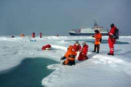Research vessel Polarstern returns with new findings from the Central Arctic during the 2012 ice minimum