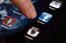 Smartphones bridge US digital divide