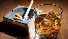 Smoking bans in bars help drinkers drink less too, study shows