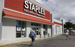 Staples to speed up closure of 15 stores in US