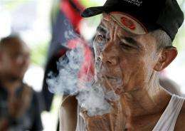 Two-thirds of Indonesian men smoke, tops in world