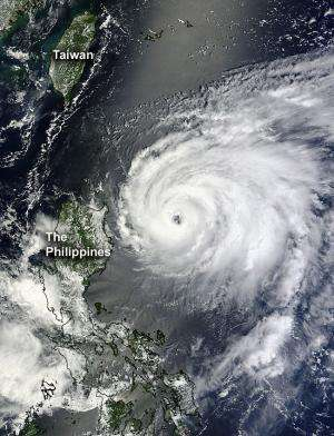 Typhoon Tembin forms fast in Philippines