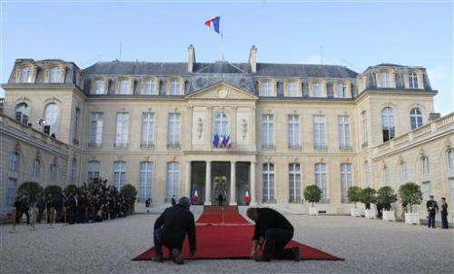 US rejects report of hacking at French presidency