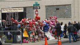Whitney Houston fans to follow funeral on Internet (AP)