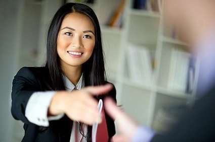 Women eager to negotiate salaries, when given the opportunity