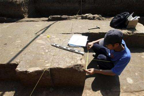 Workers discover remains of ancient temple in Bali