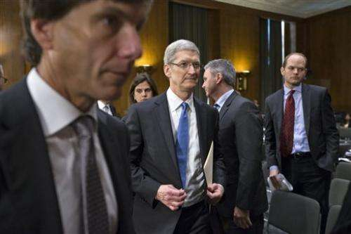Apple's Cook faces Senate questions on taxes