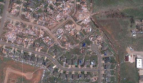 Astonishing hi-resolution satellite views of the destruction from the Moore, Oklahoma tornado