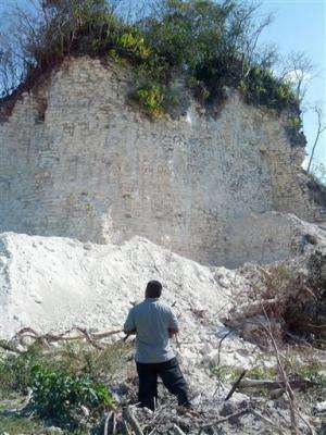 Builders bulldoze big Mayan pyramid in Belize