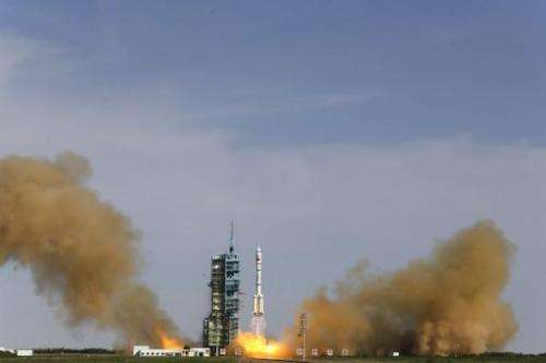 China's Shenzhou-10 rocket blasts off from the Jiuquan space centre in China's Gansu province on June 11, 2013