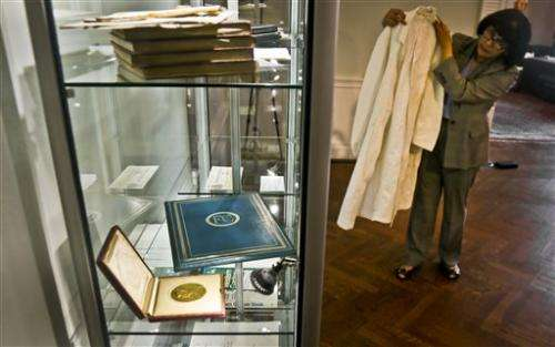 Francis Crick's Nobel medal sells for over $2M