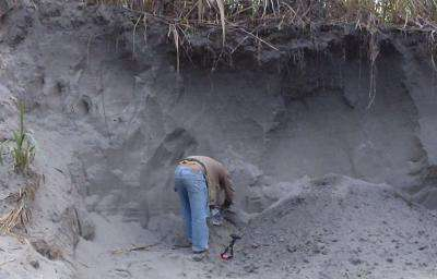Geochemical 'fingerprints' leave evidence that megafloods eroded steep gorge