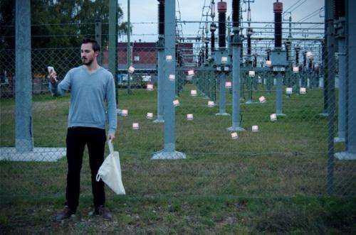 German student builds electromagnetic harvester to recharge a battery
