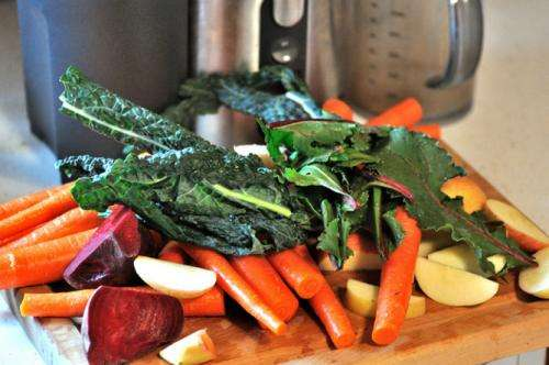 Health Check: The low-down on eating vs juicing fruit and veg