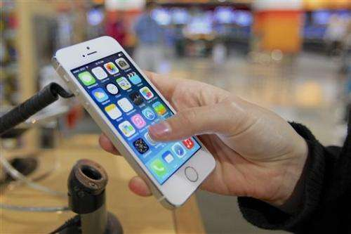 Senator concerned about Apple's fingerprint tech