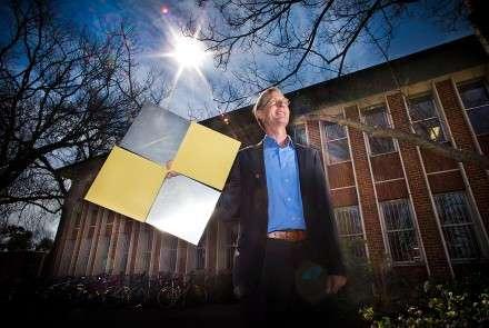 Solar student has 3-D vision