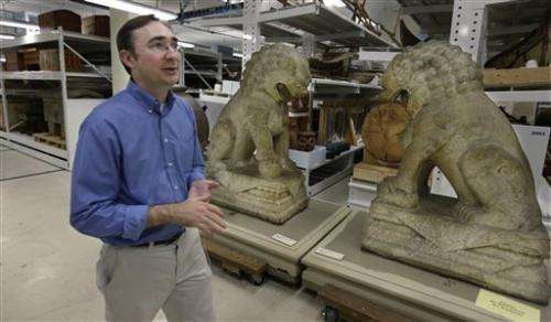 Chicago's Field Museum reorganizes amid money woes