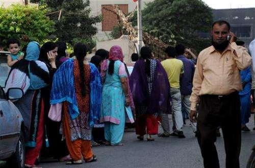 Massive quake in southwest Pakistan kills 210