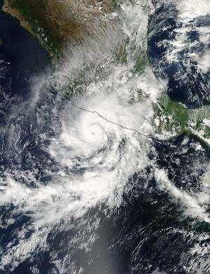NASA sees Hurricane Raymond re-soaking Mexican coast