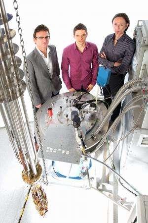 Quantum computing taps nucleus of single atom