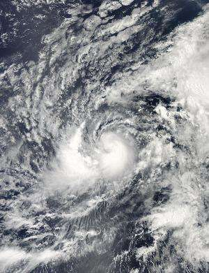 2 NASA satellites analyze Hurricane Humberto's clouds and rainfall