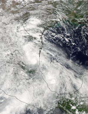 NASA's TRMM satellite animation gives flyby of Tropical Storm Ingrid's heavy rains