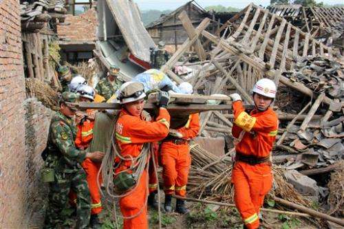China rushes relief after Sichuan quake kills 186