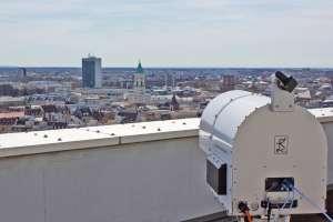 Capacity of fiber optics reached: Radio links may close gaps in future broad-band Internet supply