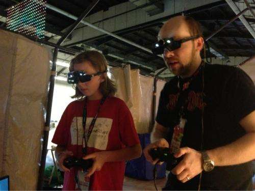 Game system castAR debuts at Maker Faire