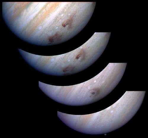 Herschel links Jupiter's water to comet impact
