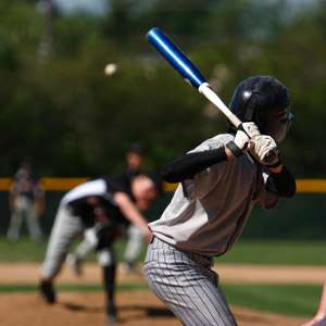 Hit a 90 mph baseball? Scientists pinpoint how we see it coming