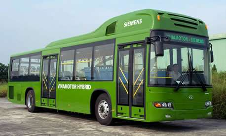 Hybrid buses improve air quality in Hanoi