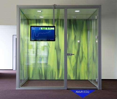 Intelligent door seal prevents poor air quality