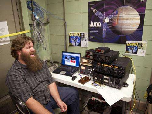 Juno spacecraft hears amateur radio operators say 'Hi'