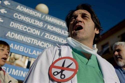 Madrid health center directors quit en masse